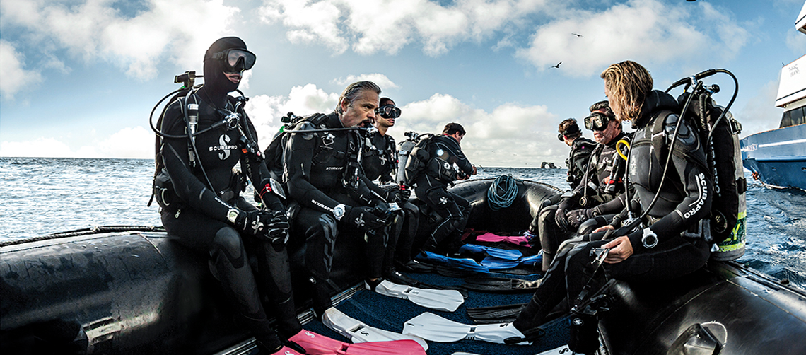 Go Places, Meet People, Do Things - Become a Diver!